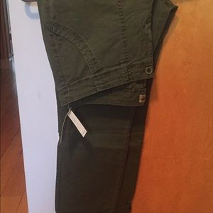 NWT OLD NAVY OLIVE GREEN PANTS